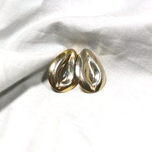 EUC Vintage Silver Gold Tone Clip On Earrings